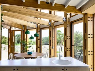 Double-glazed Thermotech windows bring the landscape indoors.