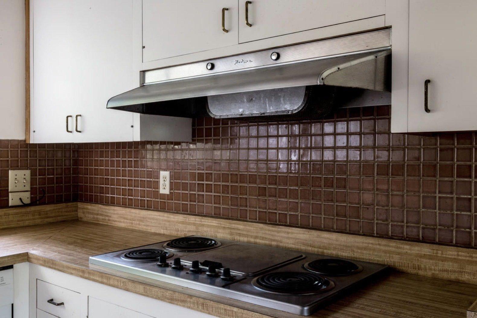 before: midcentury hillside remodel kitchen