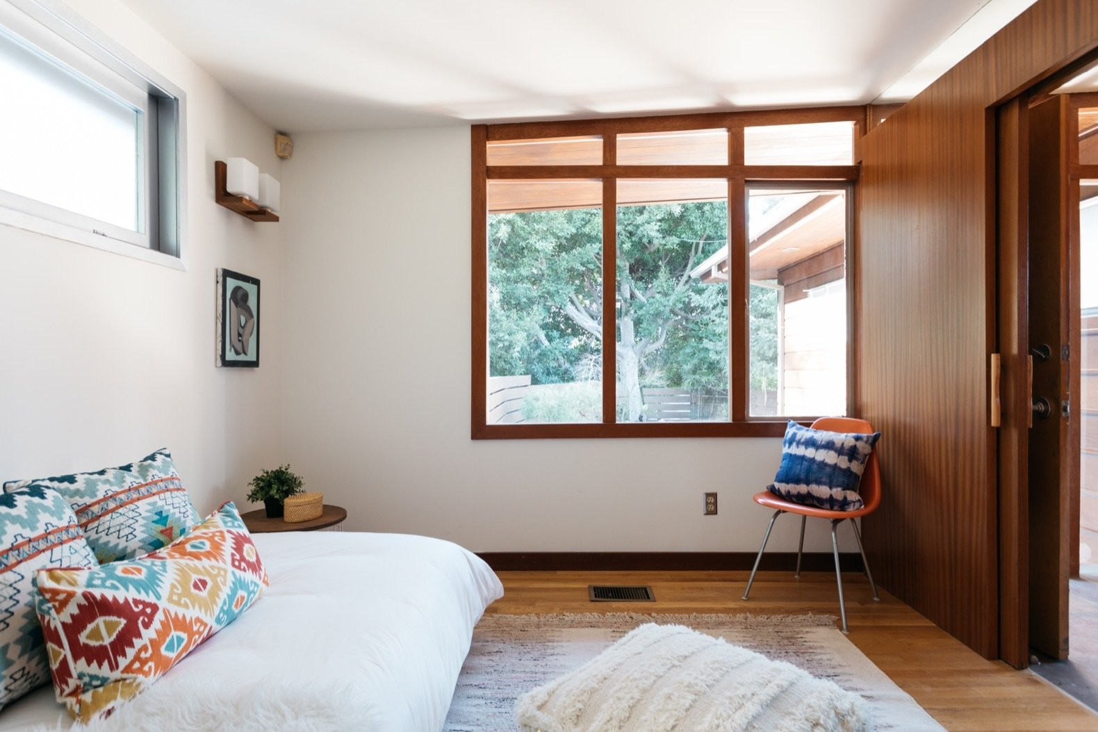 John Kewell Midcentury Home bedroom