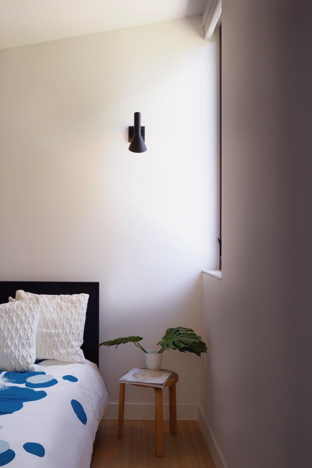 Solar Studio prefab bedroom