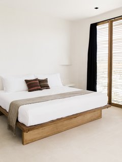 All 16 rooms are fitted with Parachute Home luxurious linen bedding and Luuna custom memory foam mattresses.