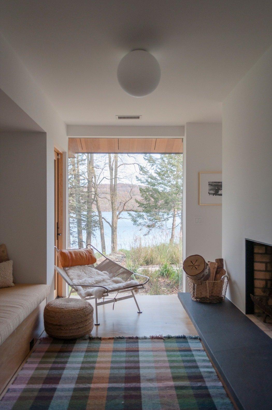 Candlewood Lake House living room