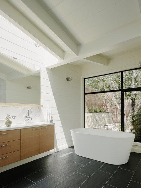 Best 43 Modern Bathroom Slate Floors Design Photos And Ideas Dwell