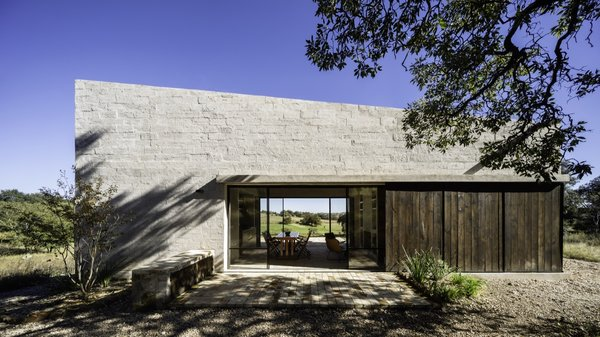 A Remote Holiday Home Celebrates Raw and Natural Materials in Mexico