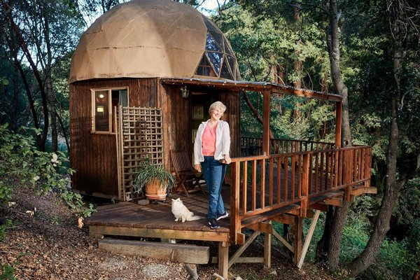 The World's Most Popular Airbnb Is a Geodesic Cabin in California