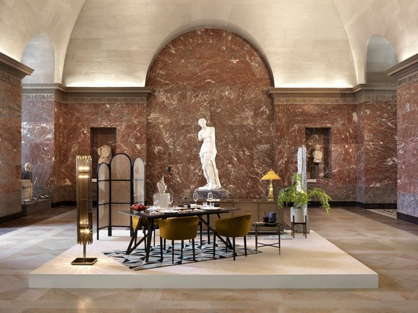 An extravagant dinner will be served in a pop-up dining room under the gaze of Venus de Milo, the Greek goddess of love and beauty.