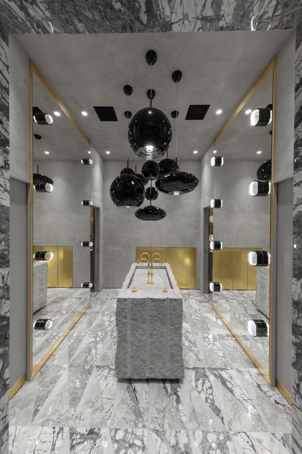 The Manzoni bathroom