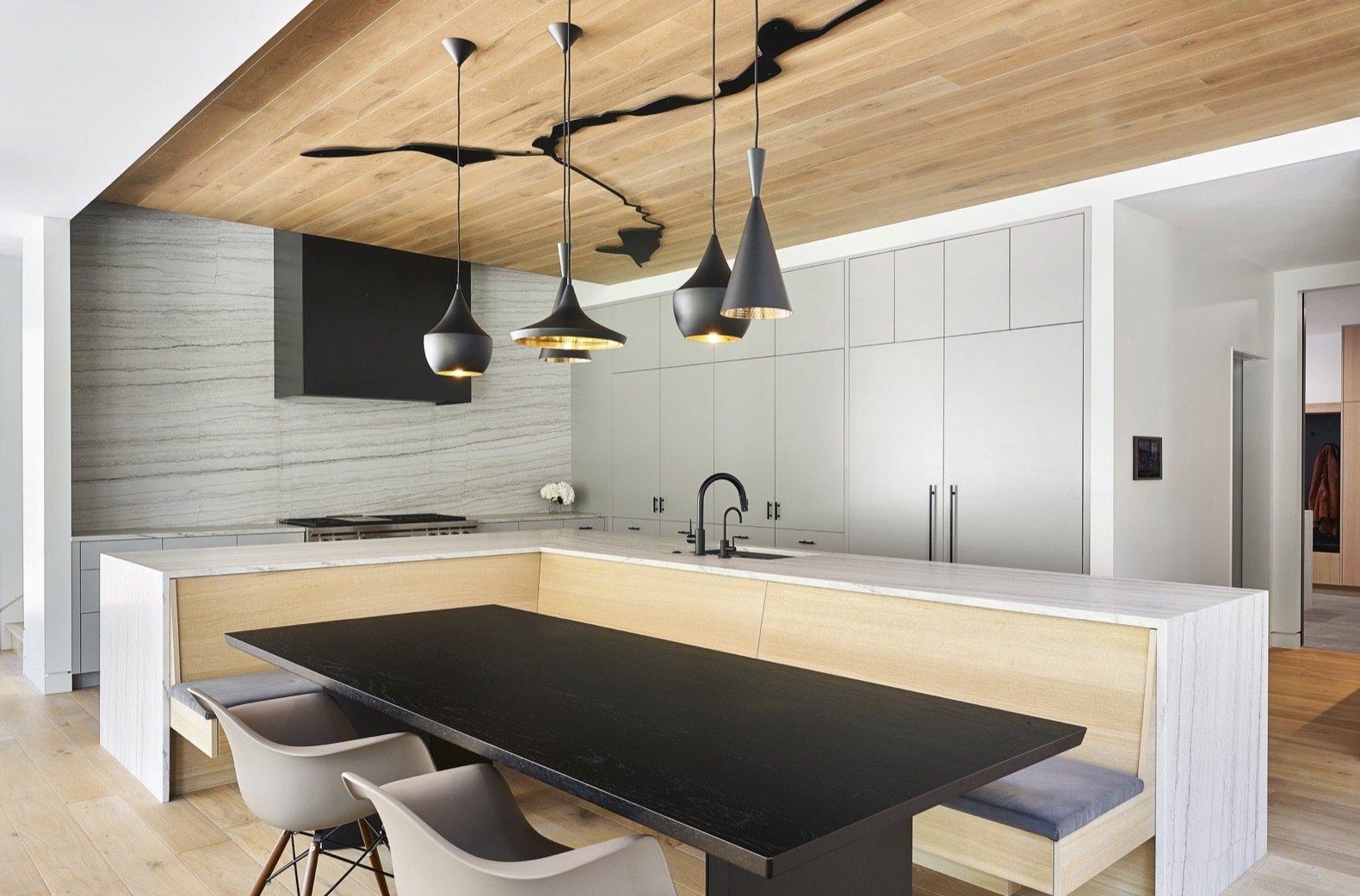 Streamline House kitchen