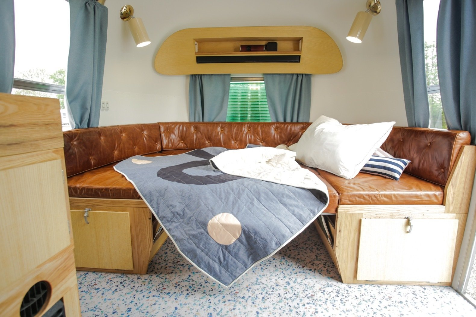 Navajo Maiden Airstream double bed