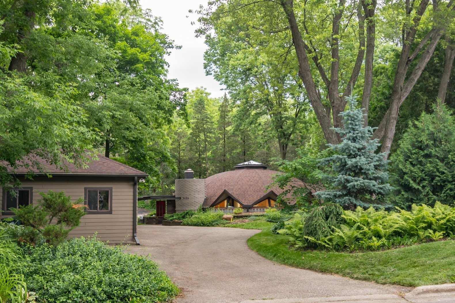 A Sunflower-Inspired Dome Home by a Frank Lloyd Wright Apprentice Asks $450K