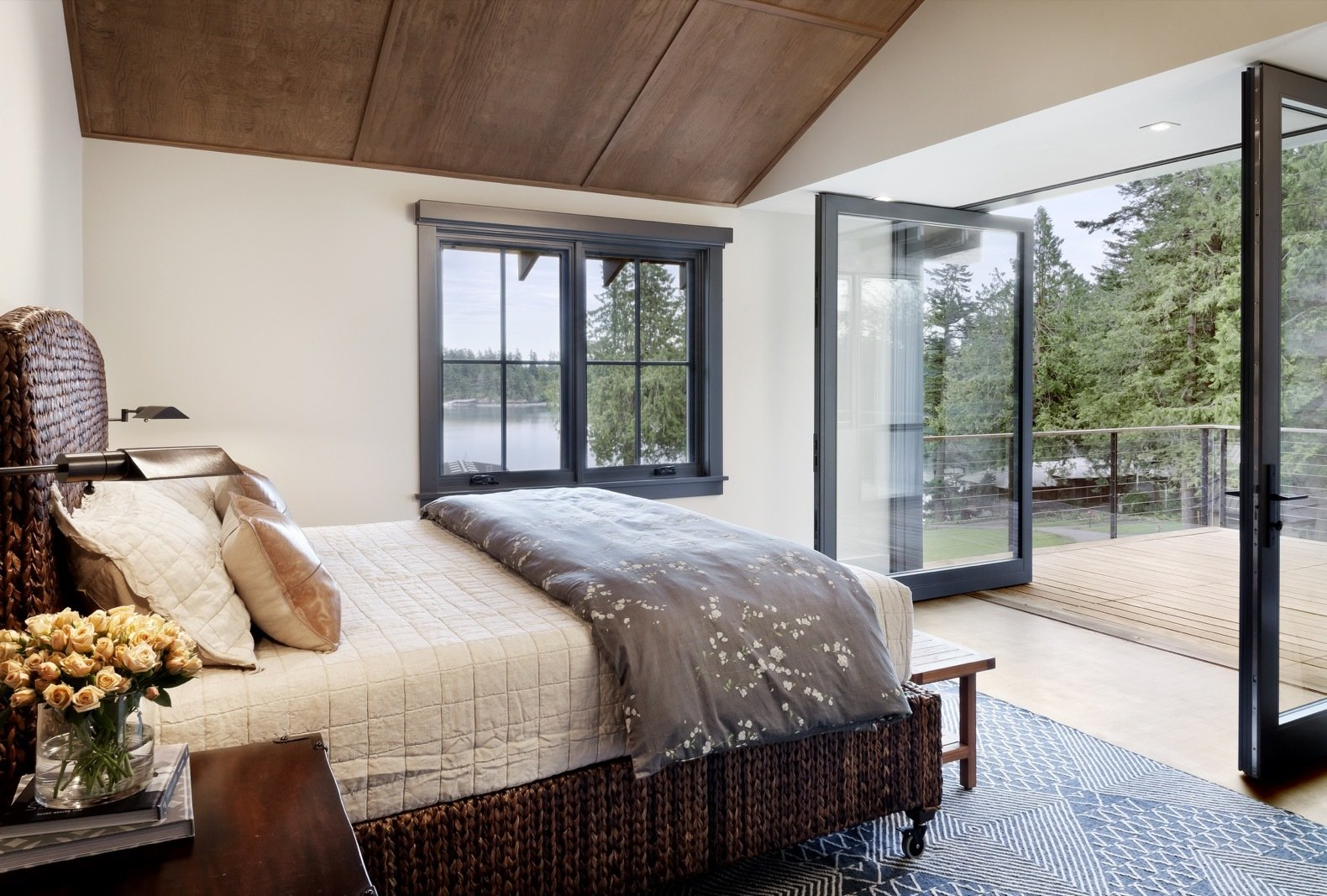 Orcas Island Retreat DeForest Architects bedroom