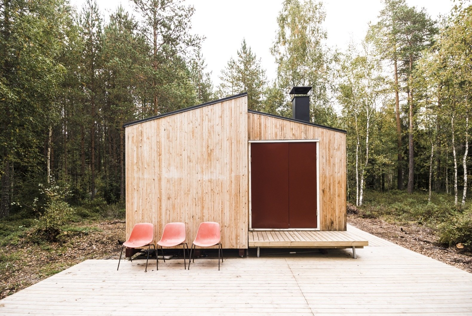 Small But Fine Cabin exterior
