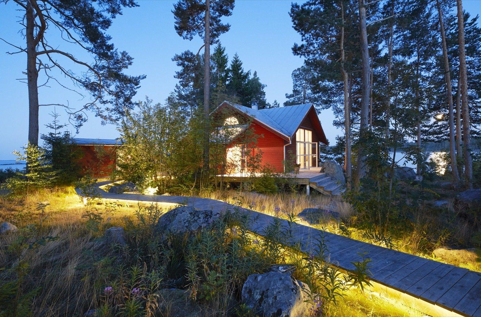 Gåsharsskäret island cabin exterior