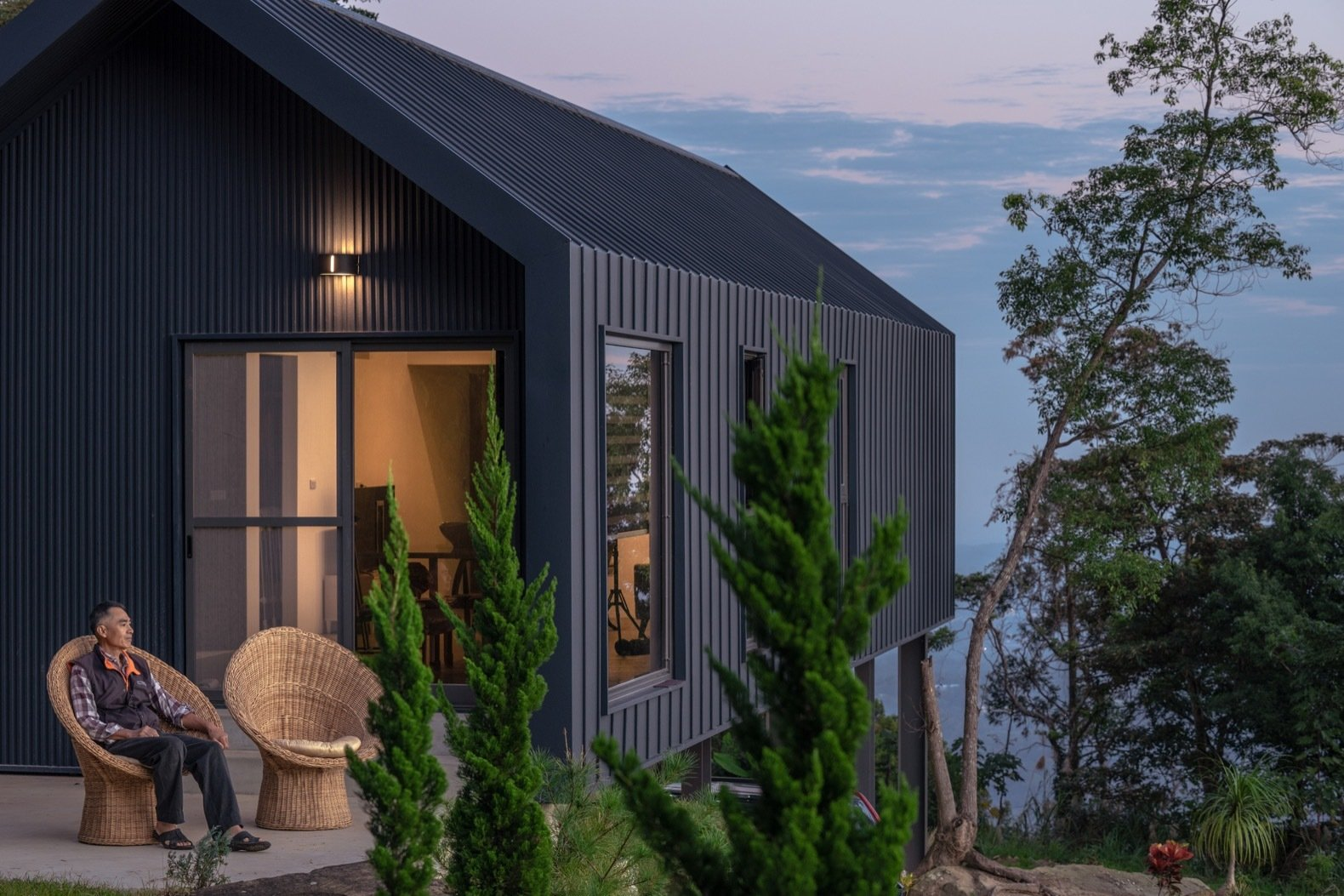 DH House standing-seam metal prefab exterior