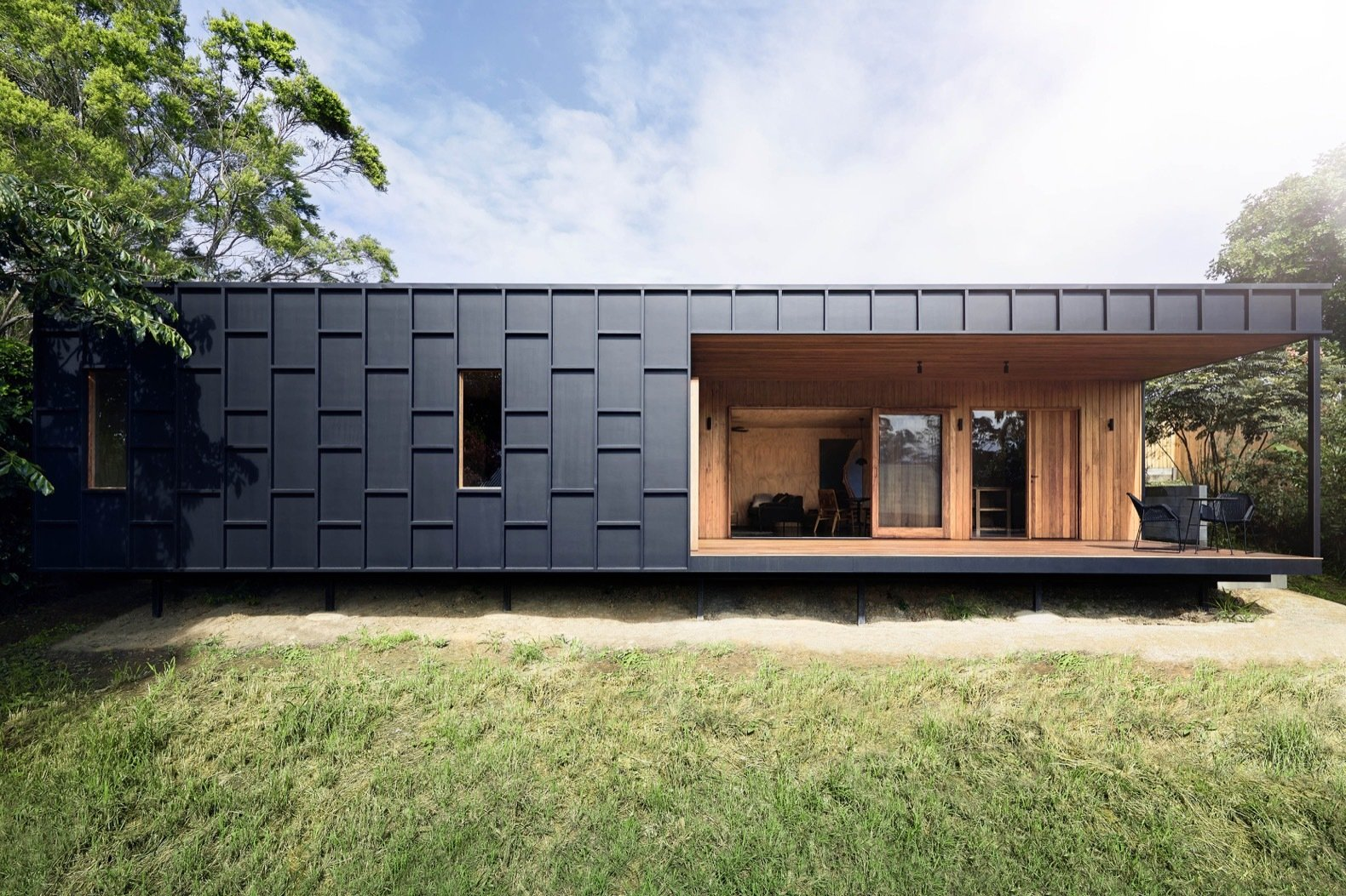OCM House by Studio Jackson Scott fiber-cement exterior
