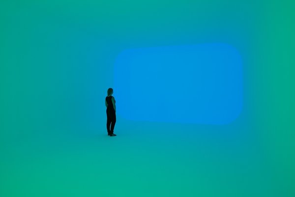 Apani (2011) from the Ganzfeld series. The magic of Turrell's works hinge on mathematical precision and computer-programmed lights in a carefully controlled environment.