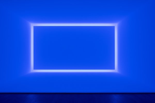 Rondo (Blue) (1969) from the Shallow Space Construction series.