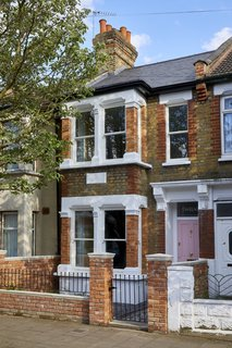 """The couple wanted their house to set a high standard in the London borough of Newham—an area that has long struggled with quality of housing. """"We purchased the property due to the fact that it was originally a poorly looked after HMO (House of Multiple Occupancy) and needed a lot of TLC,"""" explains Richard. """"The house had so much going for it—you just had to look hard!"""""""