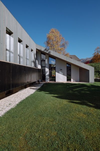 """""""The north and south facades are set back in relation to the wood paneling so that they are perceived as framing."""""""