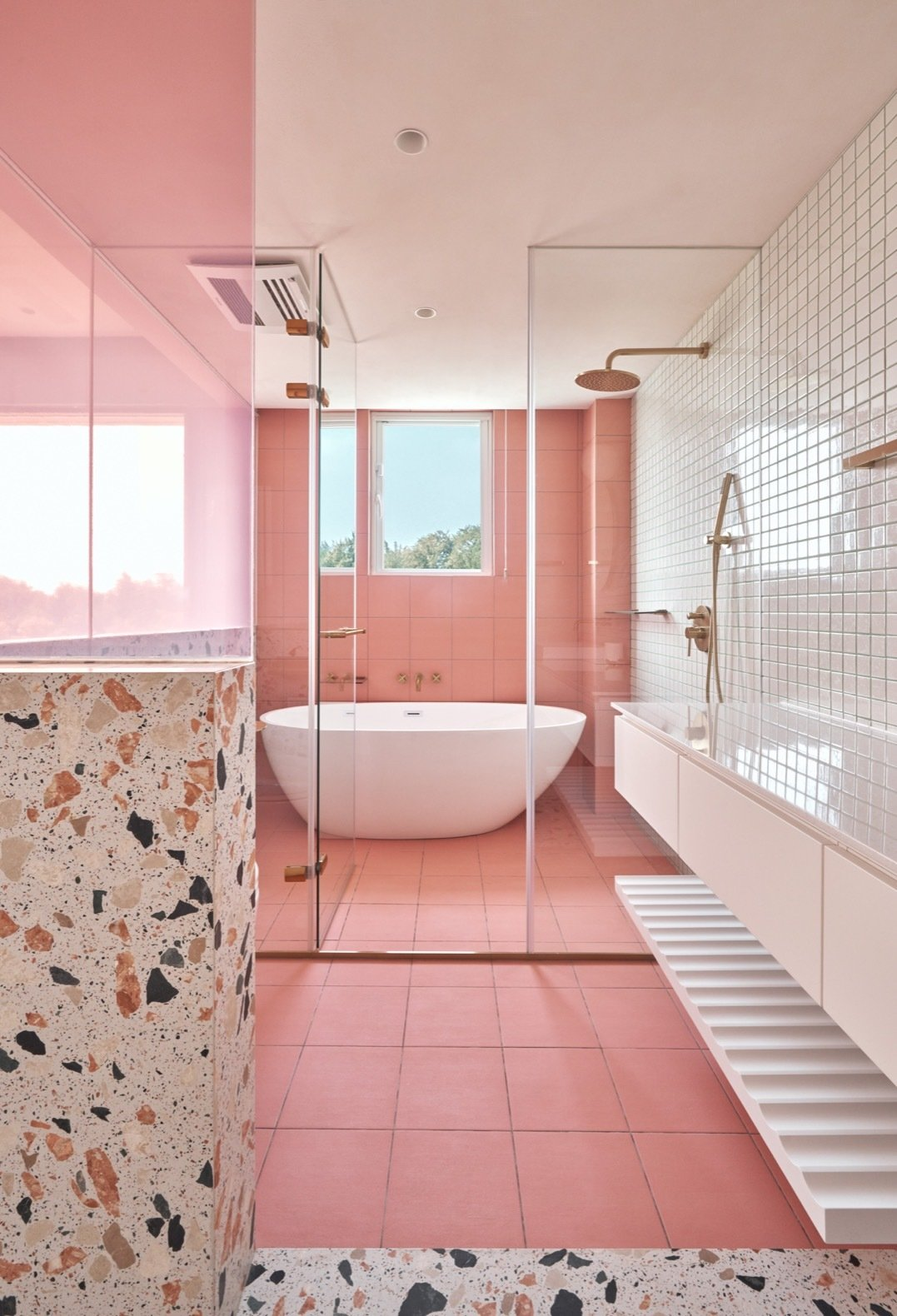 Cats' Pink House bathroom