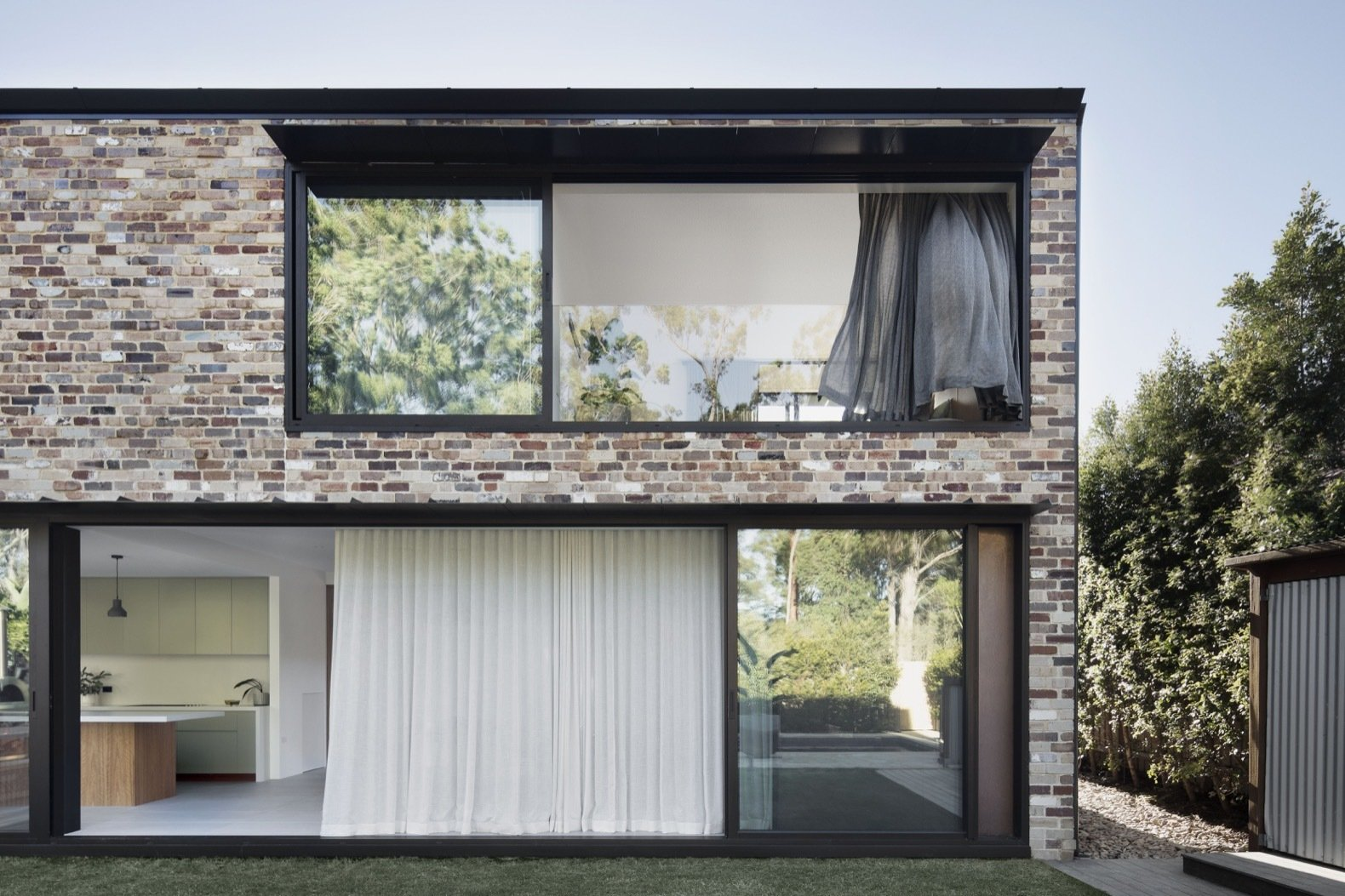 Courtyard House by Youssofzay + Hart exterior