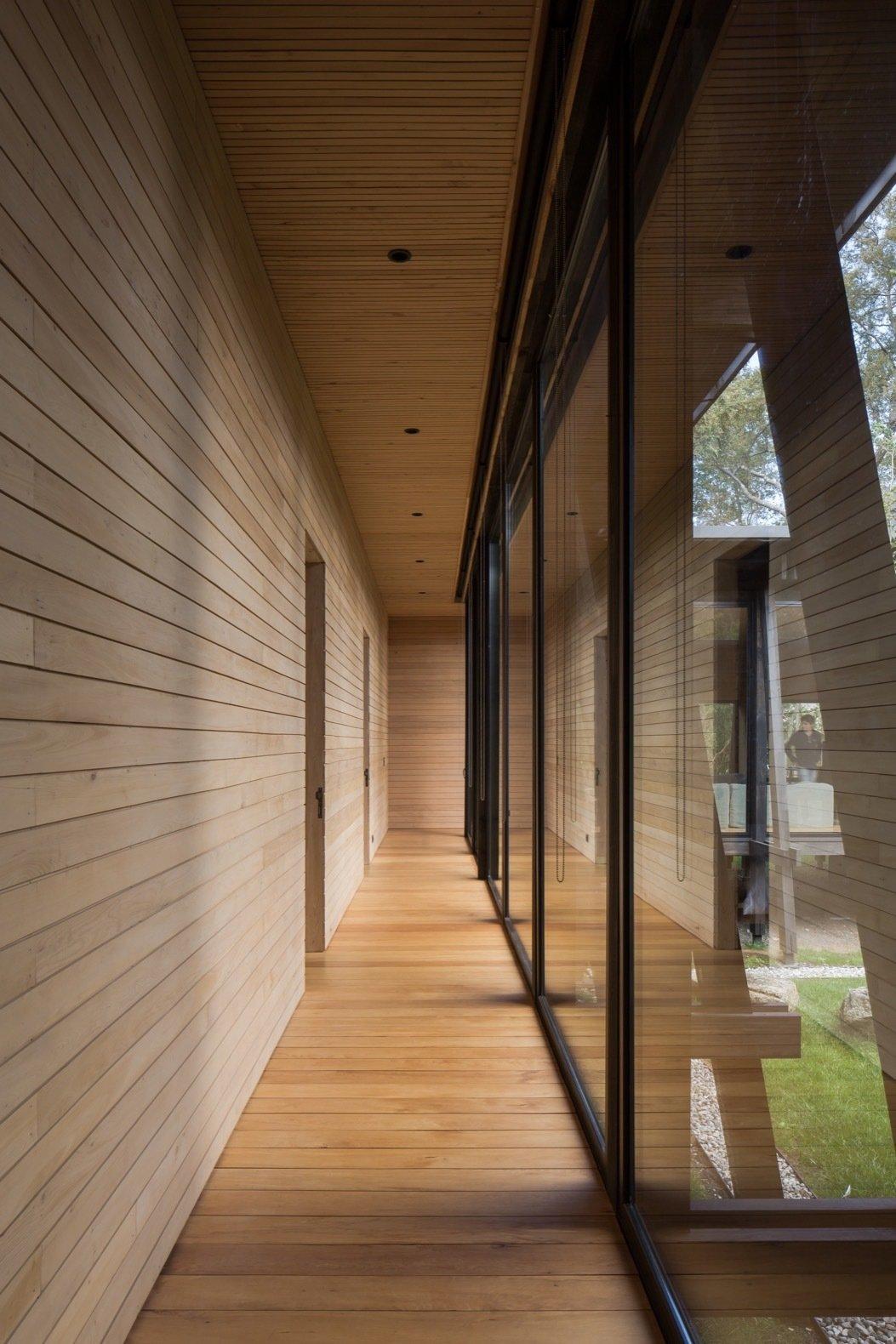 Patio House in Lago Ranco hallway