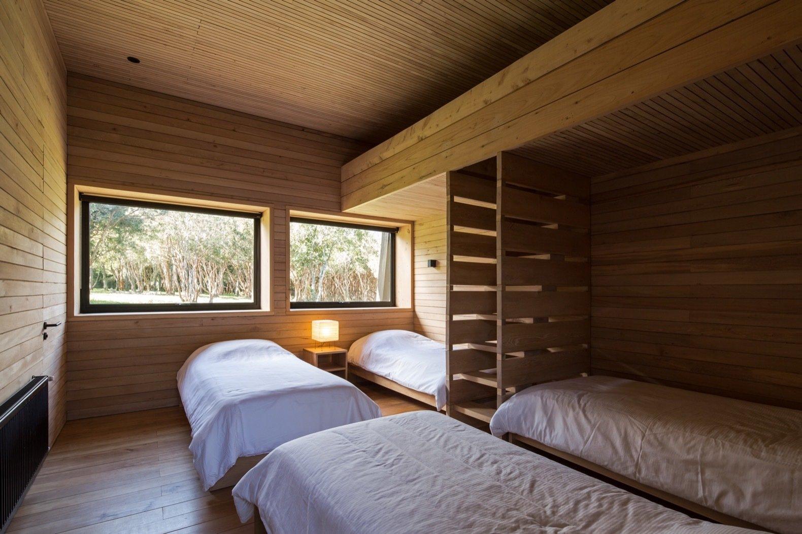 Patio House in Lago Ranco bunk room