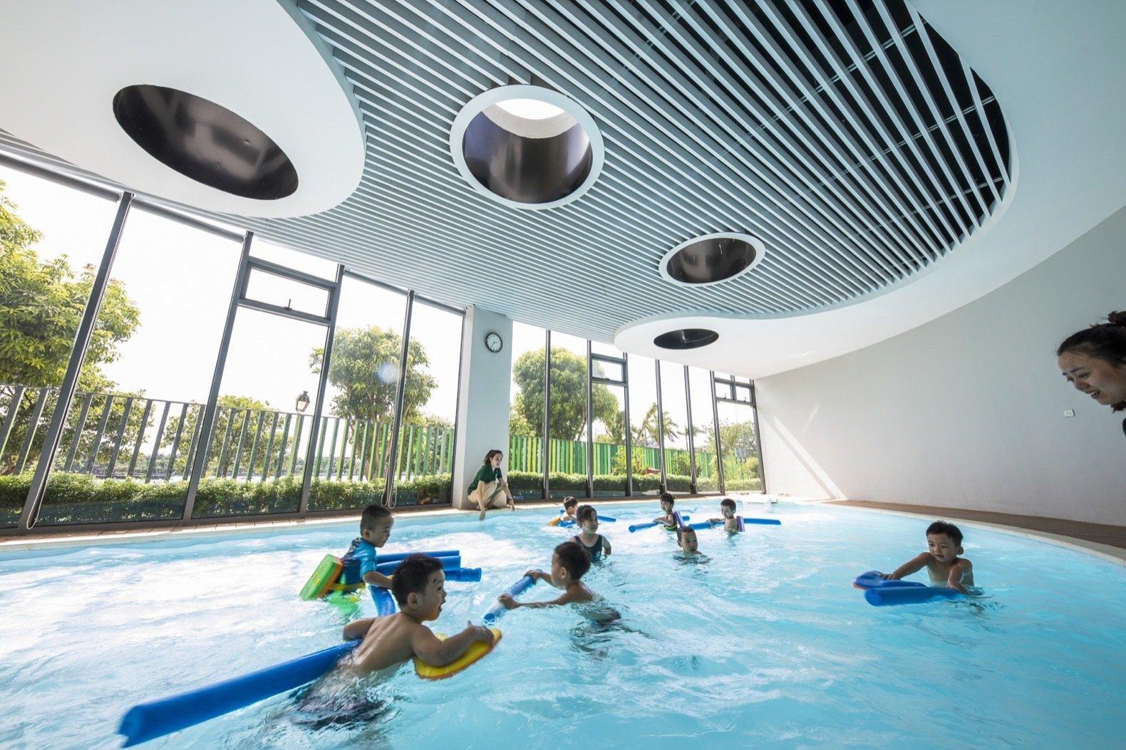 Eco Kindi swimming pool