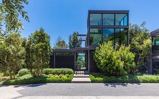 Will Arnett Lists His Prefab-Hybrid Home in Beverly Hills for $11M