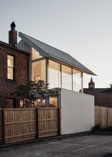 Timmins + Whyte carves out a sun-soaked haven in a heritage-listed Melbourne home.