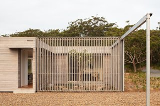 The Courtyard House was constructed with a minimal steel frame with LVL floor joists.