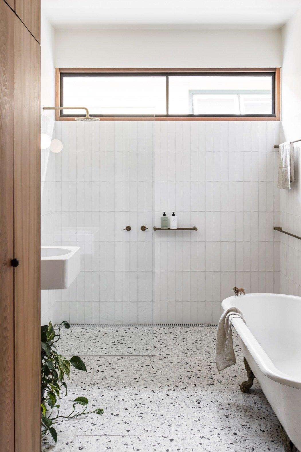 Northcote House bathroom