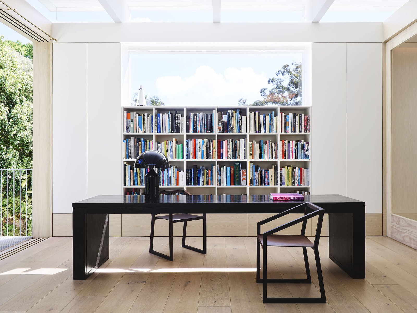 Library of Tree House by Madeleine Blanchfield Architects