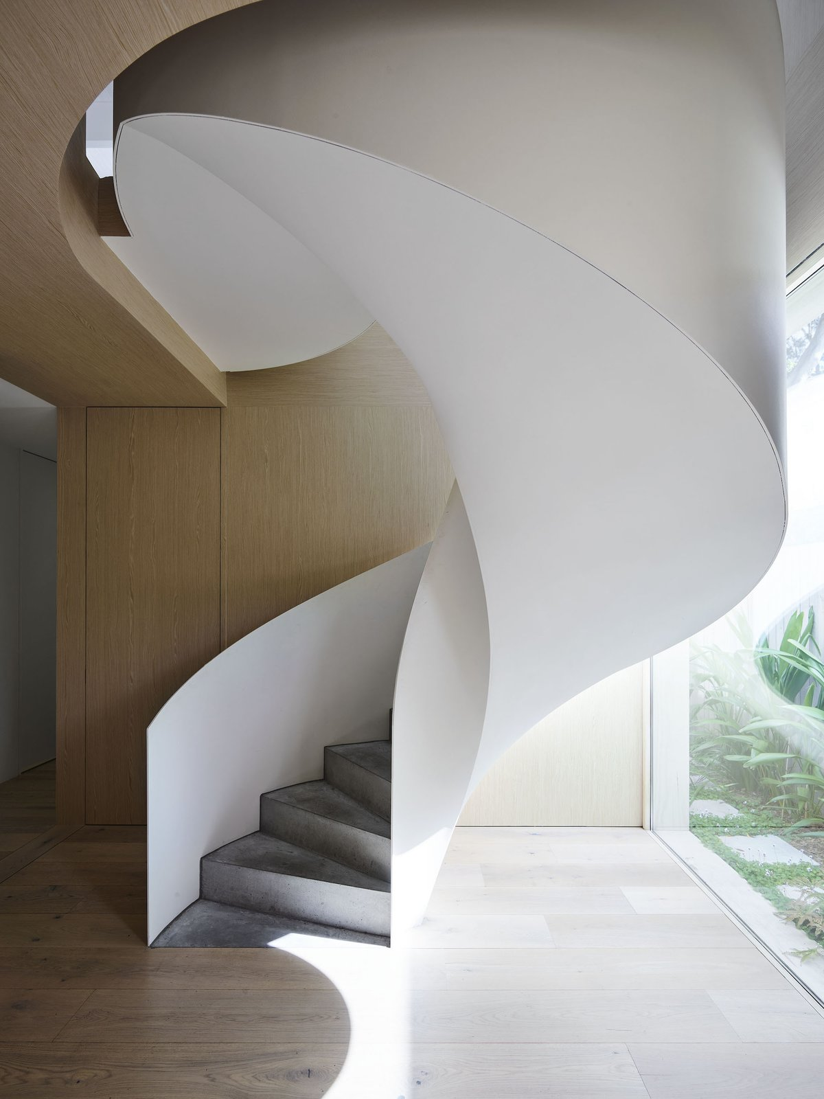Staircase in Tree House by Madeleine Blanchfield Architects