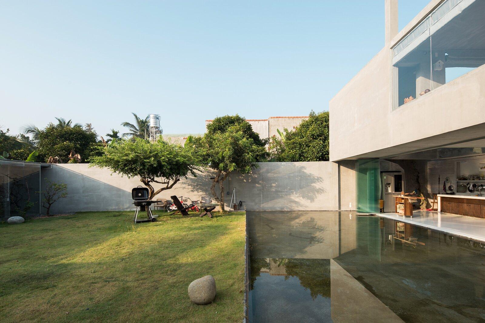 Da House backyard