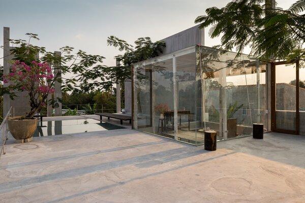 Best 60 Modern Outdoor Patio Porch Deck Design Photos And Ideas Dwell