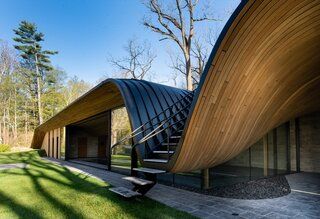 An Ontario Pool House Splashes Out With a Wild, Wavy Roof