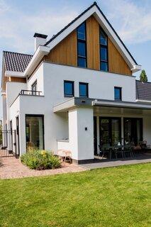 Architect Robert van Katwijk of TBO Architects designed Eva and Michiel's Rotterdam home.