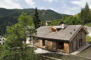 Renovation of an Alpine Barn