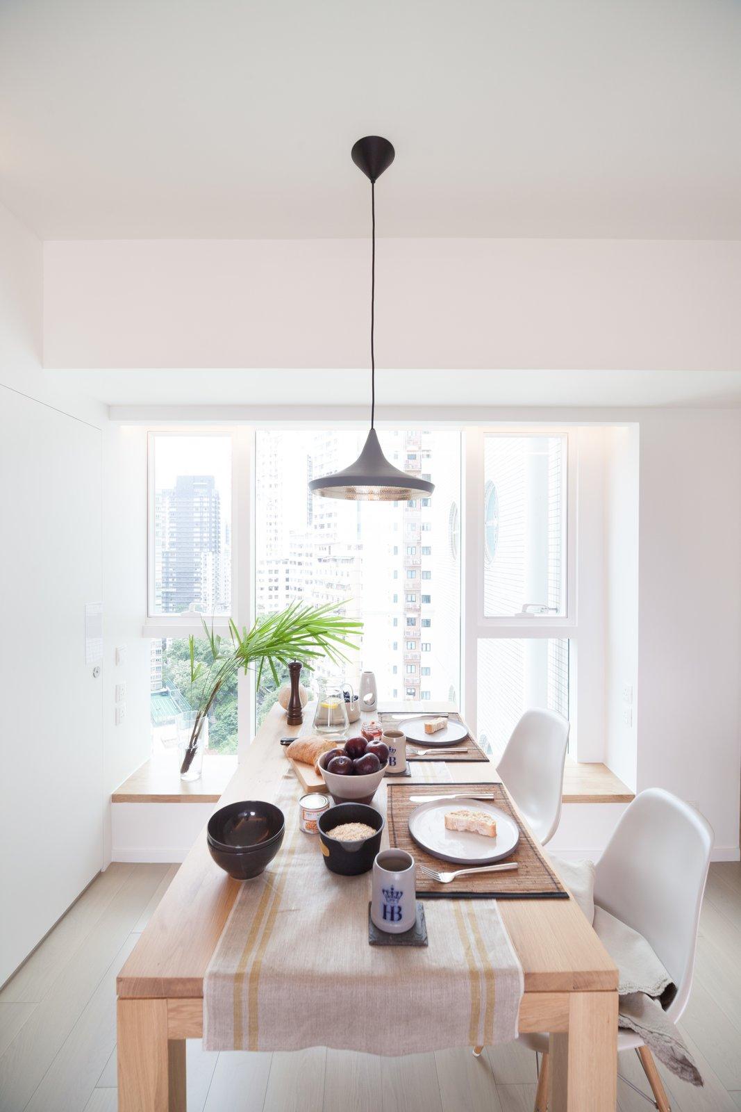 Dining Room http://www.cliftonleungdesignworkshop.com/Cherry+Crest+B  Cherry Crest by Clifton Leung