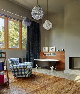Creueta House-Master bedroom.