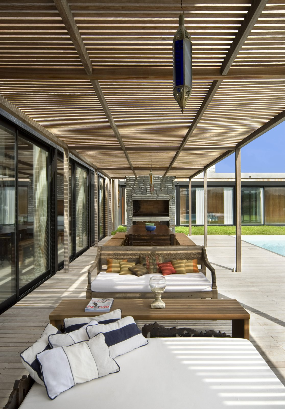 Outdoor, Garden, Large, Concrete, Wood, Large, Decking, and Hanging Exterior Living Room   Best Outdoor Decking Concrete Photos from La Boyita