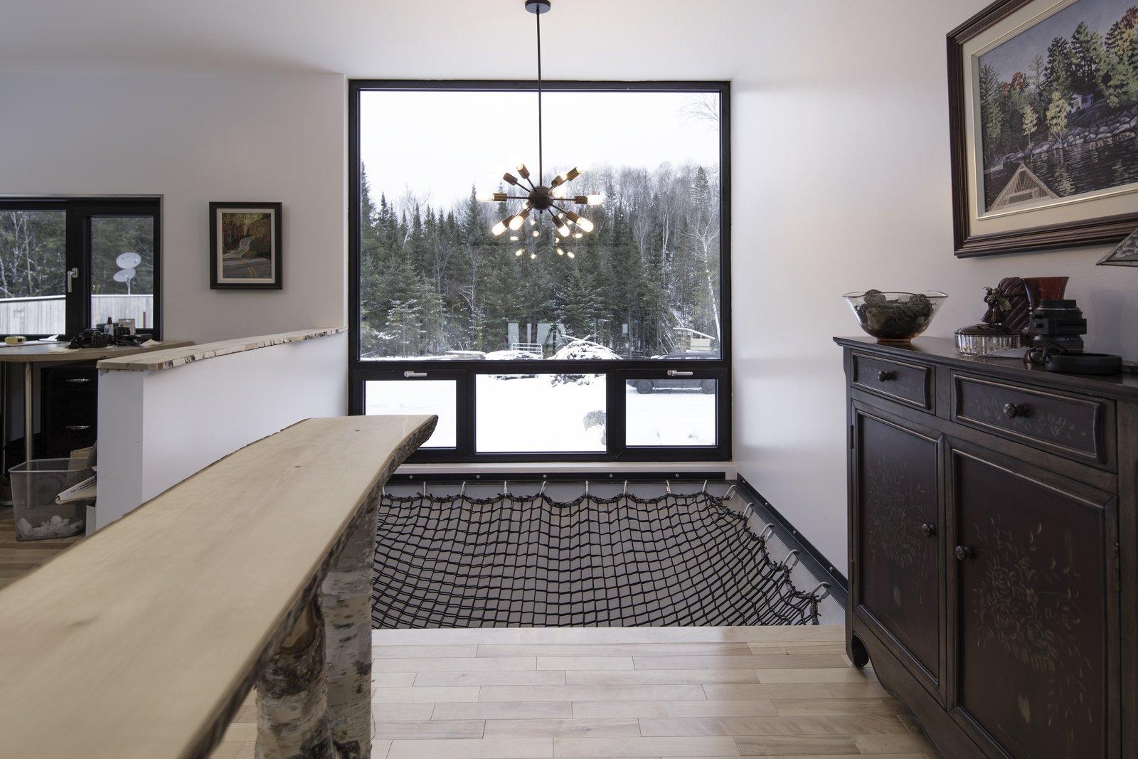 Maison Lac Brûlé suspended net