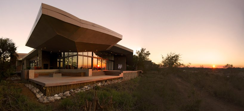 Place of Rest Modern Home in Mpumalanga, South Africa by Architects