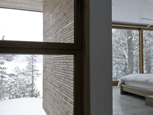 bedroom details: concrete and wood