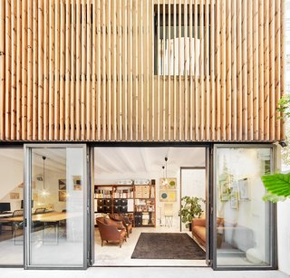 Home Studio conected to Patio
