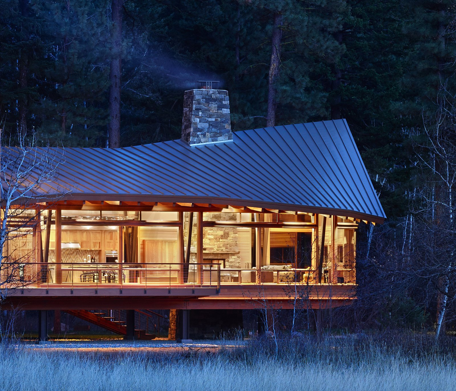 Mazama House Modern Home In Winthrop Washington By Finne