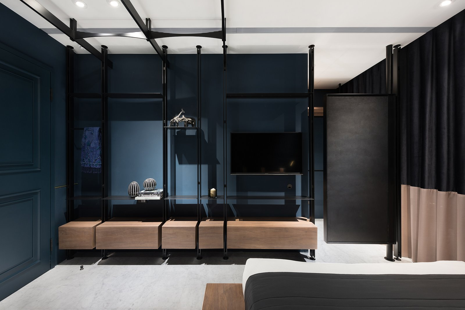 Bedroom Bedroom_1  Residence C.A. by W&Li Design