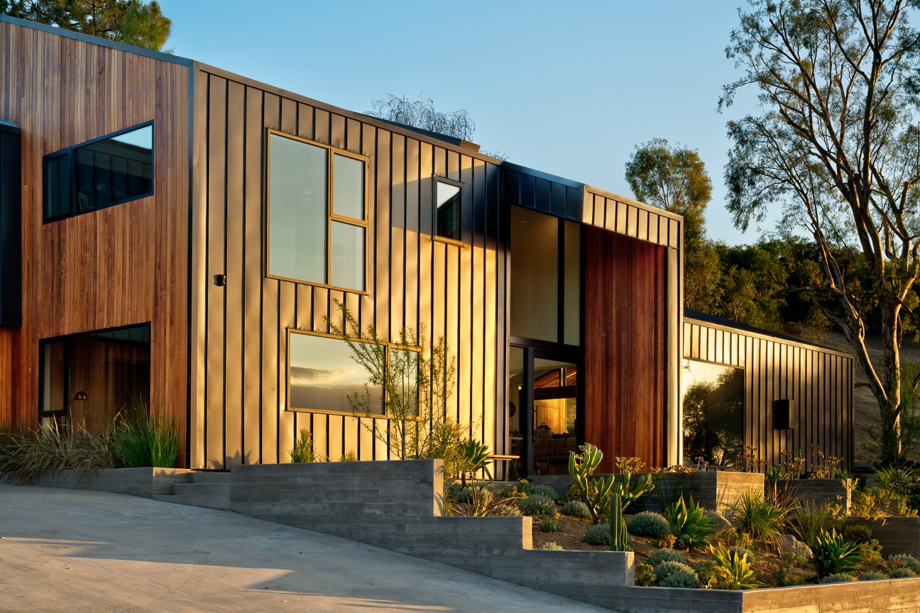 Exterior, House Building Type, Metal Siding Material, and Metal Roof Material Saddle Peak Residence by AUX Architecture  Photos from Saddle Peak Residence