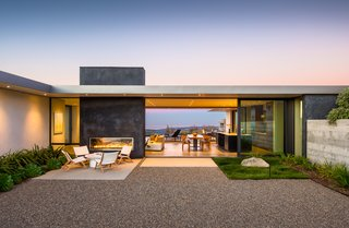 An award-winning, modern masterpiece inspired by Neutra